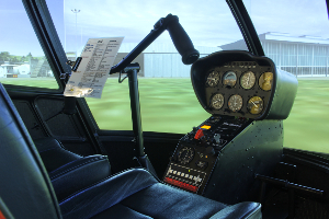 FSX-Helikopter-Simulator-Robinson-R-22-Cockpit-mit-Instrumente-Szenerie